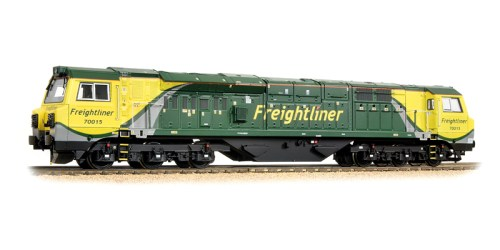 Bachmann 31-590 Class 70 70015 Frightliner (Air intake Modifications)