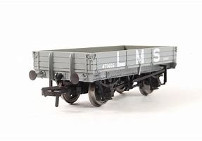 37-933 3 Plank grey wagon