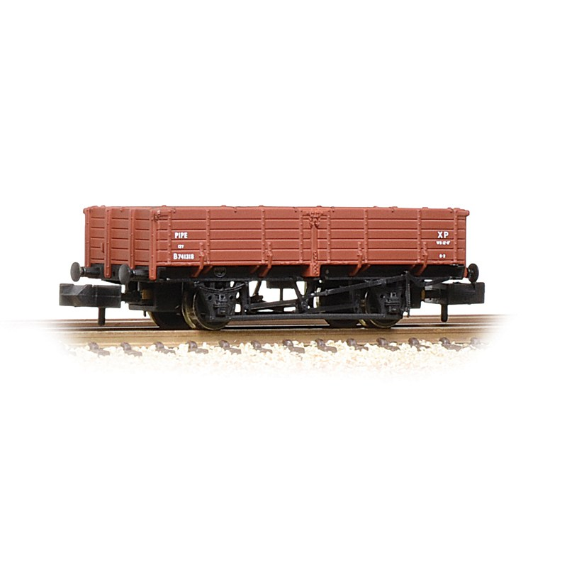 Graham Farish 377-776 12 Ton pipe wagon BR Bauxite (early)