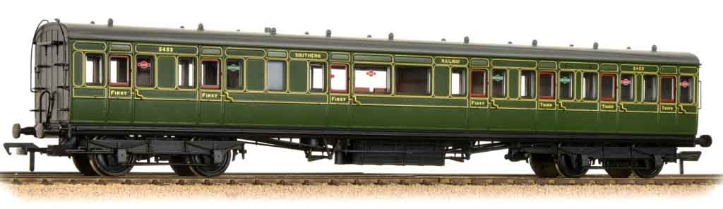 Bachmann 39-611 SE&CR 60' Birdcage composite Lavatory Southern Railway olive green