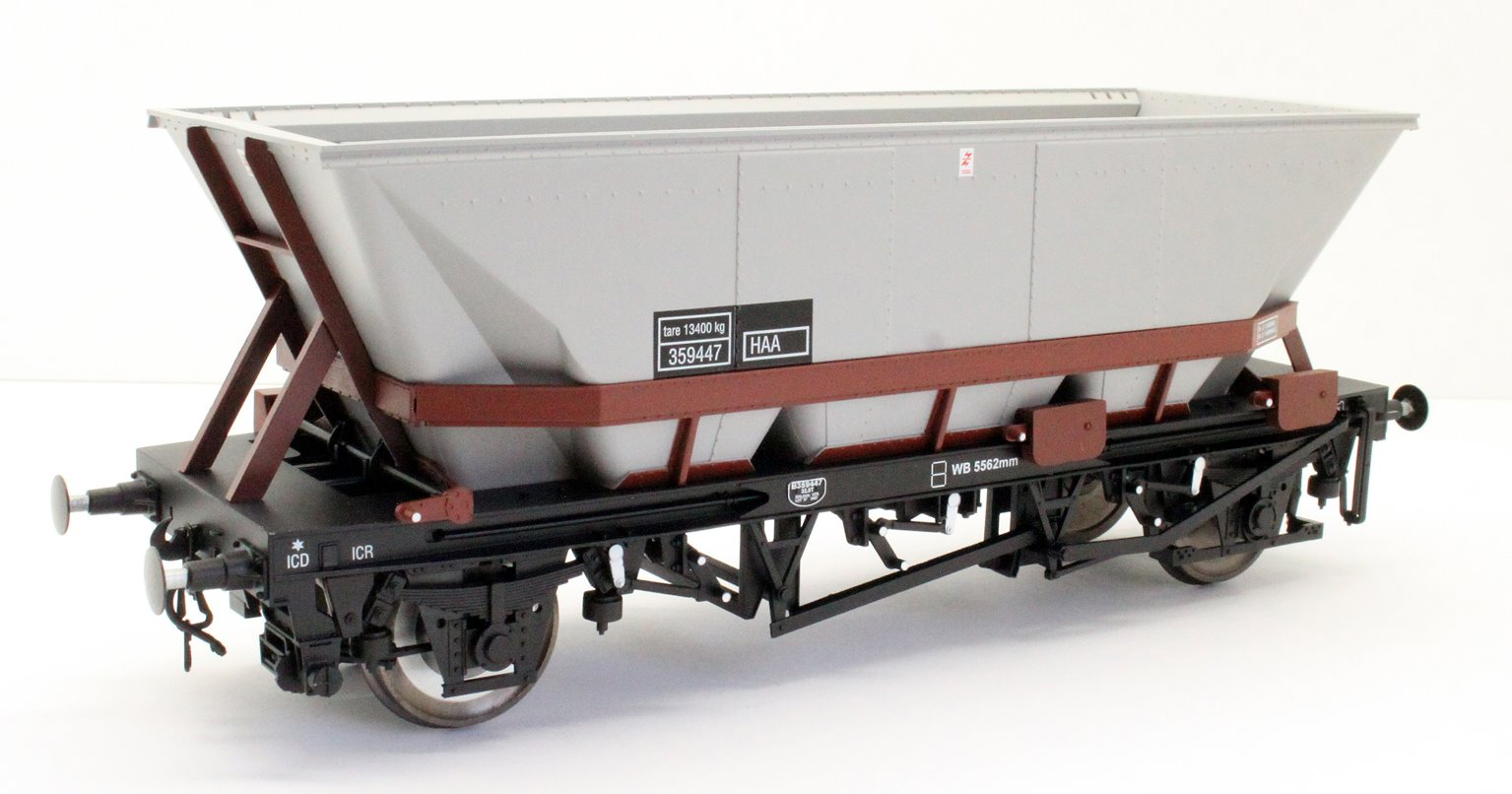 Dapol 7F-048-007 MGR HAA Coal Wagon (brown cradle) #359447