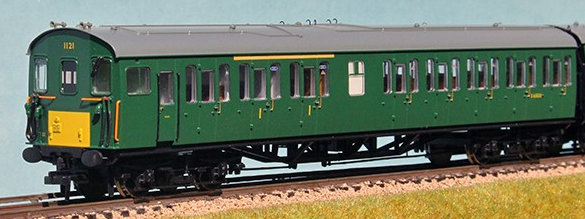 Bachmann 31-236X Class 205 2-H Thumper 1121 BR Green with small yellow panel