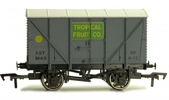 Dapol B862 Banana van Tropical fruit