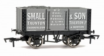 Dapol B771 7 plank private owner wagon Small & Son with coal