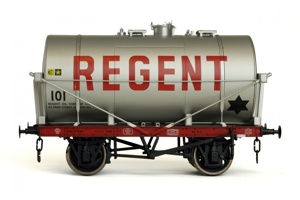 Dapol 7F-058-003 14T Tank Wagon Class A Regent (Red Letters) Silver