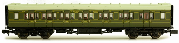 Dapol 2P-012-154 Maunsell Composite Coach SR Lined Green 5140