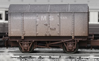 Dapol 2F-013-002 Gunpowder Van LMS grey (weathered)