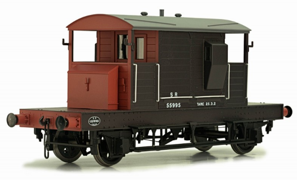 Dapol 7F-100-001 SR Brake Van Brown/Red with Small Letters