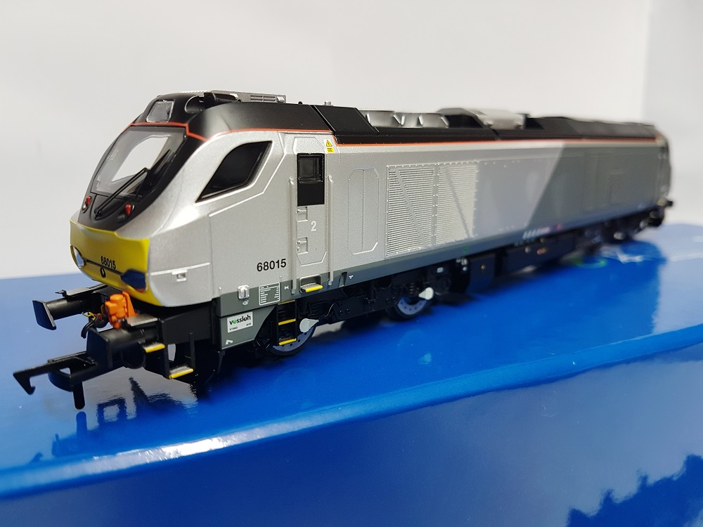 Dapol 4D-022-012 Class 68 68015 Chiltern Early Service