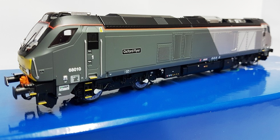 "Dapol 4D-022-011 Class 68 68010 ""Oxford Flyer"" Chiltern Late Modified"