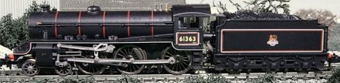 Dapol ND-120F Class B1 61363 BR lined black with early crest