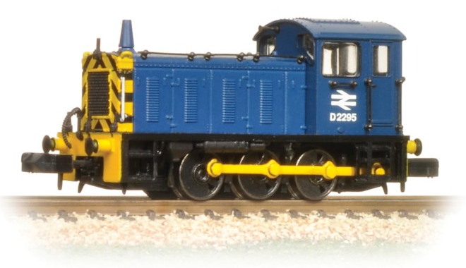 Graham Farish 371-051C Class 04 Shunter D2295 BR Blue with wasp stripes