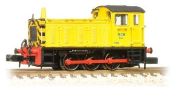Graham Farish 371-054 Class 04 Shunter D2332 'Lloyd 2' NCB Yellow