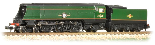 Graham Farish 372-312 Merchant Navy (Air Smoothed) Class 4-6-2 35028 'Clan Line' BR green with late crest
