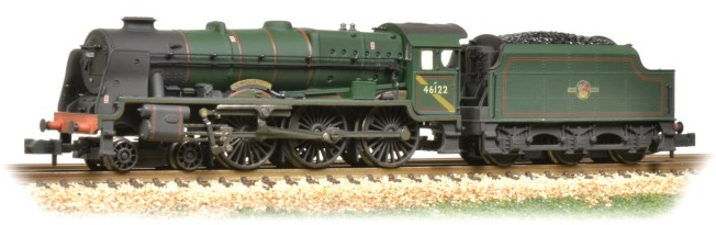 Graham Farish 372-579 Class 6P Rebuilt Royal Scot 4-6-0 46122 'Royal Ulster Rifleman' BR green with late crest (weathered)