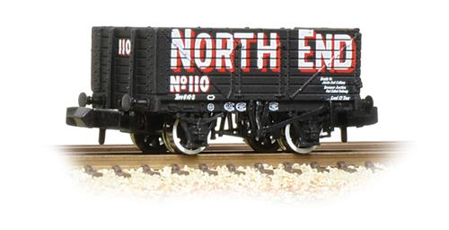 Graham Farish 377-091 7 plank end door wagon 'north end'
