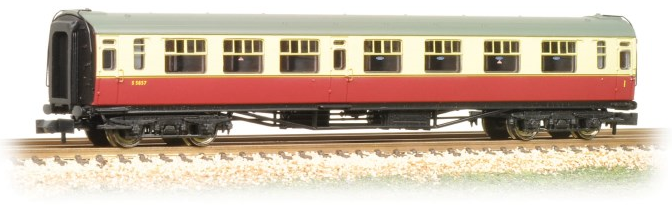 Graham Farish 374-461 Bulleid Composite Corridor Coach BR Crimson & Cream
