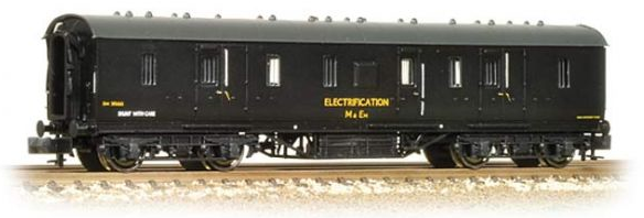 Graham Farish 374-888 LMS 50ft Full Brake Coach BR Departmental Electrification