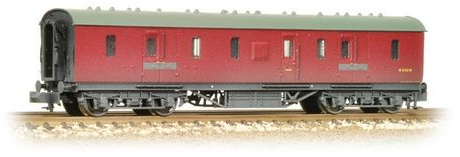 Graham Farish 374-887 LMS 50ft Full Brake Coach BR Crimson (weathered)