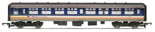 Hornby R4153 Mk2A Second Open Coach Network SouthEast (weathered)