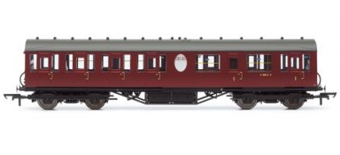 Hornby R4575A Ex-LNER Thompson Suburban non-corridor composite (lavatory) BR Maroon