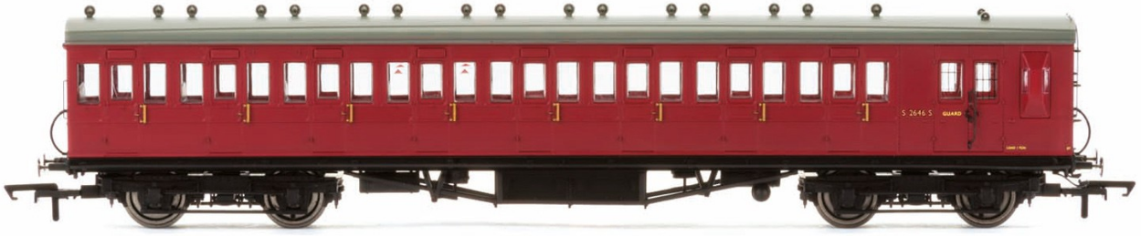 Hornby R4746A 58' Maunsell Rebuilt (Ex-LSWR 48') Eight Compartment Brake Third Coach S2646 - Set 46 BR Maroon