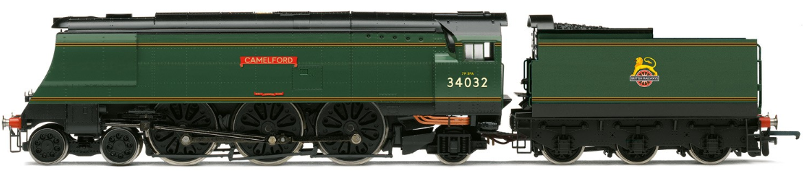 "Hornby R3632 Merchant Navy Class (Air-smoothed) 4-6-2 35024 ""East Asiatic Company"" BR Express Blue with early crest"