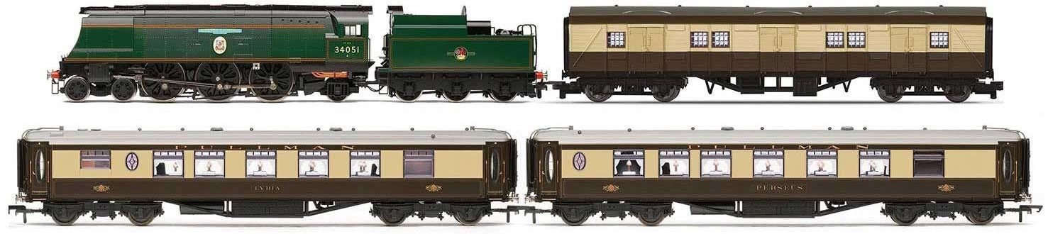 Hornby R3300 Winston Churchill's Funeral Train Pack - Limited Edition of 1000