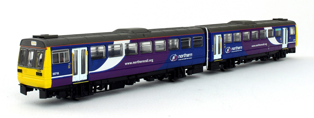 Dapol ND-116A N Gauge Class 142 Northern Rail #142065
