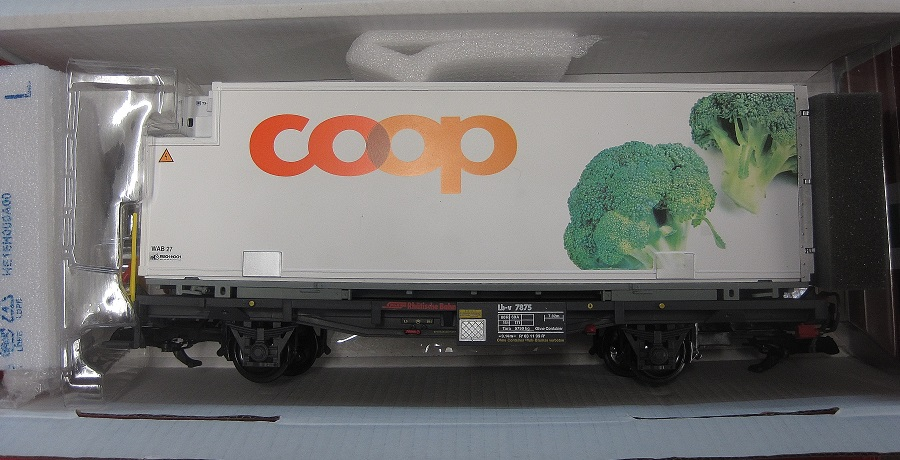 LGB 45895 RhB Container Car COOP Broccoli - (second hand)