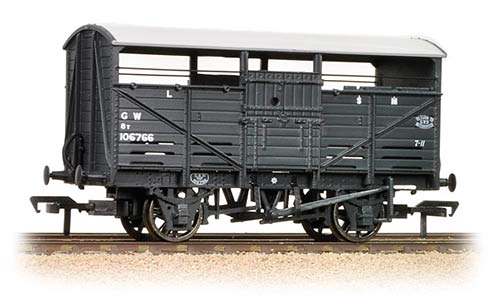 Bachmann 37-711C 8t Cattle Wagon GWR Dark Grey