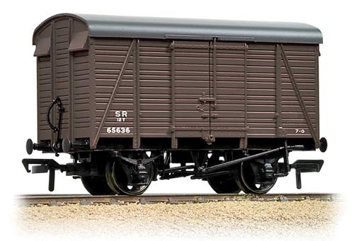Bachmann 38-084 12t Southern 2+2 Planked Ventilated Van SR Small Logo