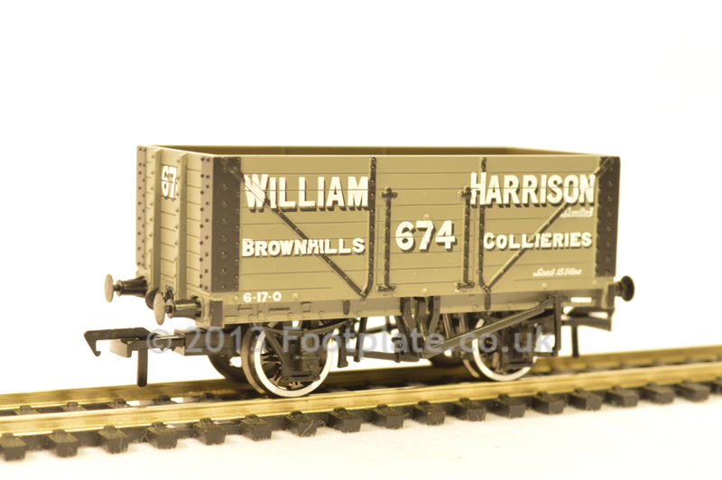 Bachmann 37-163 8 Plank Fixed End Wagon 'William Harrison'