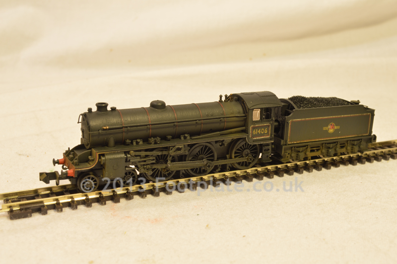 Dapol ND-120EW Class B1 61406 BR lined black with late crest (Hand Weathered)