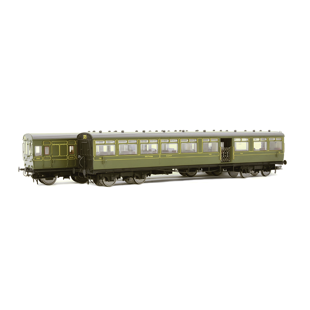 EFE Rail E86002 LSWR 'Gate Stock' 2-Coach Set SR Maunsell Green