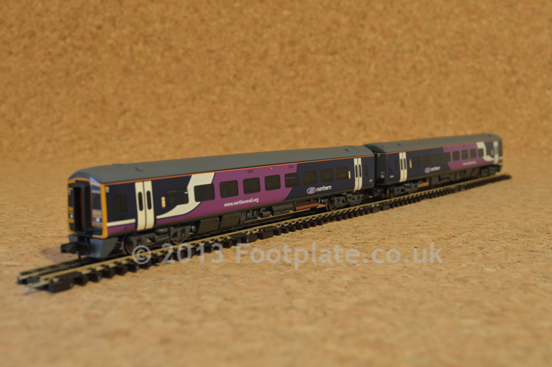 Graham Farish 371-556 Class 158 2 Car DMU 158791 Northern Rail