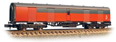 Graham Farish 374-778A MK1 Super BG Full Brake Coach Royal Mail