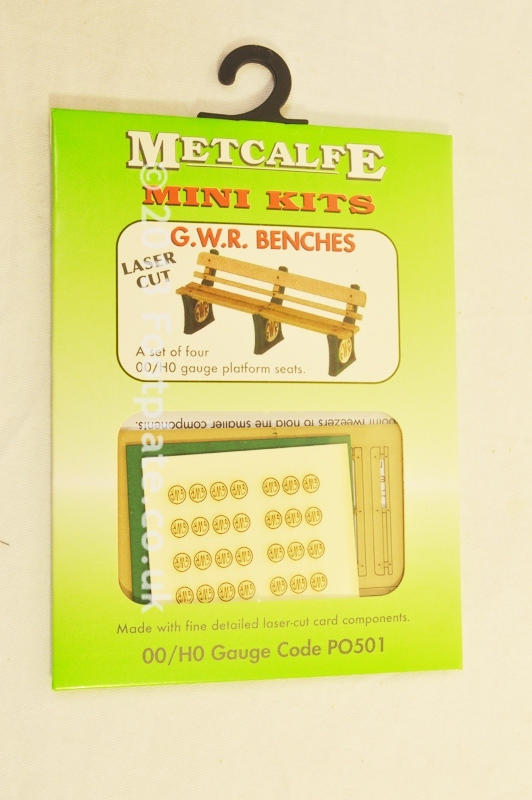 Metcalfe PO501 GWR Benches (Set of 4) Mini Kit