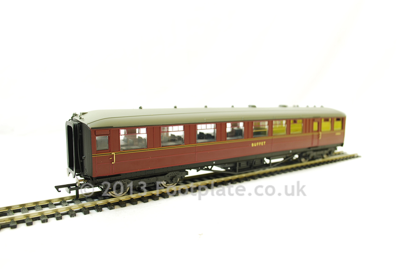 Hornby R4569 Ex-LNER Gresley 61ft 6in Buffet Car BR Maroon