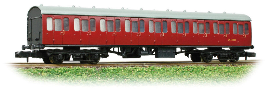 Graham Farish 374-270B Mk1 Surburban Compartment Second Coach BR Crimson