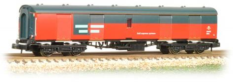 Graham Farish 374-776A MK1 Super BG Full Brake Coach RES/Royal Mail