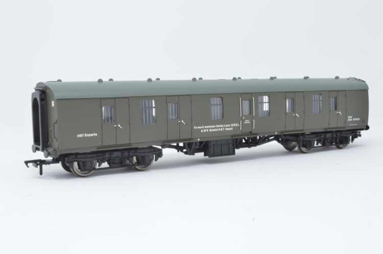 Bachmann 34-253 57ft Ex-LMS Composite Coach BR Departmental Olive Green
