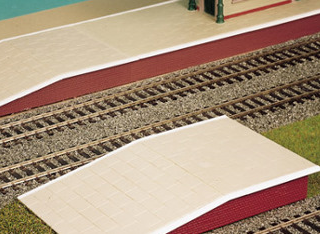 Wills SS61 Station Platform Sections, 264mm Long